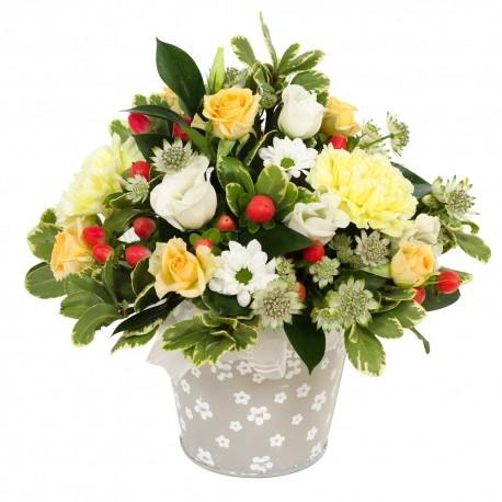 Florist choice arrangement